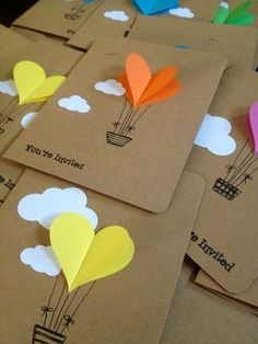 Hot Air Balloon Cards – Balloon Heart Invitation with Envelope – Handmade Cards – Paper Crafts – Heart Invitations – Party Notes Hot Air Balloon cartes ballon coeur par WaterHorseStudios sur Etsy Tarjetas Diy, Diy And Crafts, Crafts For Kids, Hot Air Balloon, Balloon Balloon, Balloon Crafts, Baby Cards, Paper Crafting, Diy Gifts