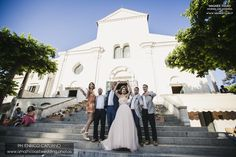 Wedding in Ravello on Amalfi Coast Italy with a local wedding planner fun ravello wedding photos