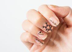 Kiss Nail Art Stickers Ideas