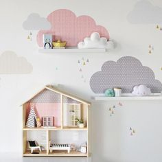 ☁️ In miniature for the IKEA FLISAT dollhouse and with the clouds wall decals from our shop, it works immediately. Kids Interior, Kids Room, Ikea Toddler Room, Ikea Girls Room, Ikea Kids, Baby Bedroom, Little Girl Rooms, Playroom, Nursery