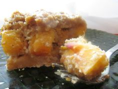 No-Bake Peach Caramel Pie Bars - Sub the almond butter with coconut butter...