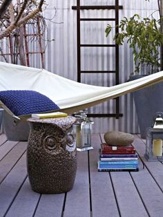 There were many selling points that drew Mark to purchase his loft, including a top-floor private patio connected to the master bedroom. The hammock is the perfect Saturday morning spot for Mark to enjoy the sunshine with his favorite books.