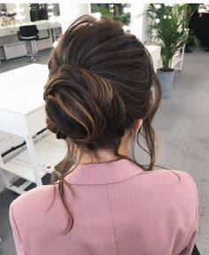 Updo hairstyles,updo hairstyle,updo wedding hairstyles with pretty details,updo wedding hairstyles ,updo wedding hairstyle,updo ideas #hairstyles #updo