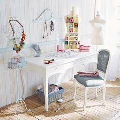 http://www.maisonsdumonde.com/CH/de/produits/fiche/schreibtisch-confection-confection-116496.htm