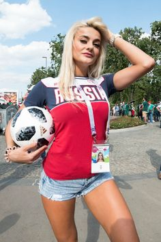TOP 100 Photos of Hot Female Fans In World Cup 2018 - ALL TOP 10