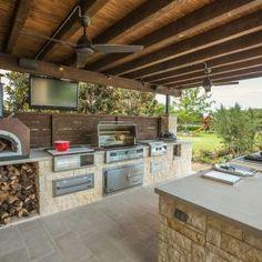 Outdoor Küche Mit Grill Beleuchtung Ziegel Wand …  Pinteres… Pleasing Best Outdoor Kitchen Designs Inspiration Design