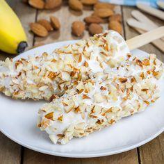 Picolé Natural de Banana, Iogurte e Amêndoas