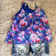 Pretty Tank. NWOT Lined pretty. Never worn Tops Blouses