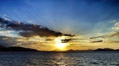 26  Sept. 17:43 夕暮れの博多湾です。 ( Evening Now at Hakata bay in Zipangu )