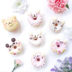 Cute donuts by Cook.Food.Bakery.Bento (@mintfoodstyle)