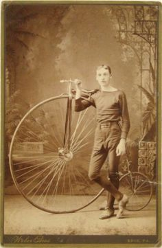 [portrait of a High Wheel racer with his Columbia Special bike], Weber Bros. via Copake Auctions Vintage Cycles, Vintage Bikes, Antique Bicycles, Penny Farthing, Bike Photo, Retro Images, Scene Photo, Silent Film, Tricycle