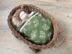 Doll, waldorf, vrije school, pop, DIY, Do it yourself, handmade, handgemaakt, present, gift, cadeau