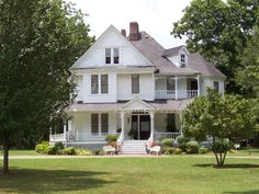 Country House...always been my dream to live in the country... this house is beautiful, i love the wrap around porch