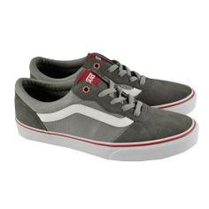 #Zapatillas deportivas con cordones combinadas en materiales de serraje y lona en grises con suelas de goma de VANS.#