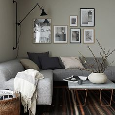 A cosy, calming corner. Just looking at it is relaxing. Living Room Modern, Living Room Interior, Home Living Room, Apartment Living, Living Spaces, Home Design Decor, Interior Design, Home Decor, Home Library Rooms