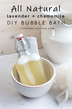 Easy Homemade Bubble Bath: You love it, your kids love it, what's not to love? Make DIY bubble bath tonight with just five ingredients! Homemade Moisturizer, Homemade Skin Care, Diy Skin Care, Homemade Beauty, Bubble Bath Homemade, Homemade Bubbles, Bath Recipes, Homemade Soap Recipes, Diy Beauté