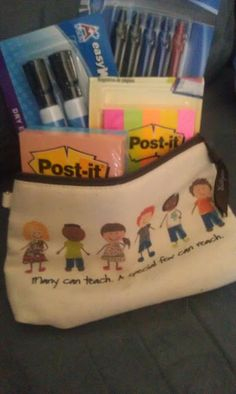"One of the cutest Teacher gifts I have seen with a Thirty-One product! It says ""Many can teach, a special few can reach"". SO cute!"