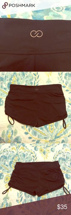 NWOT calia swim/ athletic shorts (medium) Never been worn but no tags. I was told these are swim shorts even though I was under the impression that they are athletic shorts since there is no swim liner. Size medium with drawstring side ties. CALIA by Carrie Underwood Shorts