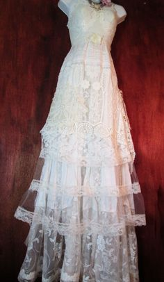 White wedding dress lace  ivory vintage lace crochet embroidery  bride outdoor  romantic small by vintage opulence on Etsy