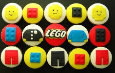 Everybody loves Lego blocks, especially if they can eat them! Here's a collection of beautiful Lego cupcakes! Cupcakes Design, Cupcakes Cool, Party Cupcakes, Birthday Cupcakes, Cupcakes Kids, Easter Cupcakes, Themed Cupcakes, Lego Cake, Cupcake Cakes