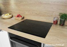 Biała kuchnia z drewnianym blatem - Darex Szczecin Kitchen, Home, Cooking, Kitchens, Ad Home, Homes, Cuisine, Haus, Cucina