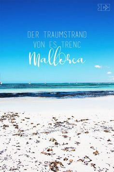 Es Trenc ist zu Recht der schönste Strand auf Mallorca! Mitten im Naturschutzgebiet, weißer Sand und klares Wasser - traumhafte Bilder! Mehr Tipps für Deine Reise nach Mallorca auf The Happy Jetlagger! #mallorca #tipps #estrenc