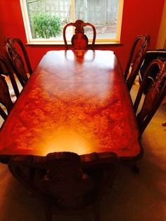 Beautiful, large dining room table with 6 chairs - $395 (Lynnwood, WA) http://seattle.craigslist.org/est/fuo/4904168836.html - Very beautiful for a larger dining room!