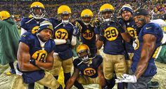 ded4a9ac5 Packers players in their throwback uniforms