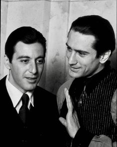 Al Pacino as Michael Corleone and Robert De Niro as Don Corleone / The Godfather II The Godfather Part Ii, Godfather Movie, Robert Downey Jr, Don Corleone, Corleone Family, Donnie Brasco, Gangster Movies, Don Draper, Cinema