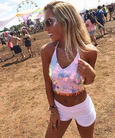 Outfit longitude ✨ ⟣ ß r o o k ℮ ⟢ ✨ ✨ ⟣ ß r o o k. Look Festival, Rave Festival, Hippie Festival, Festival Wear, Festival Fashion, Melanie Martinez Style, Music Festival Outfits, Music Festivals, Concerts