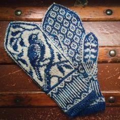 Crochet Patterns Diagram PDF Knitting Pattern Songbird Mittens by EricaHeusserDesigns Cast On Knitting, Fair Isle Knitting, Knitting Charts, Knitting Machine, Free Knitting, Vintage Knitting, Knit Mittens, Knitted Gloves, Knitting Socks