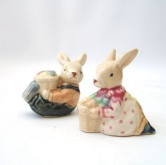 vintage pair rabbit figurines bunny by RecycleBuyVintage on Etsy, $18.00