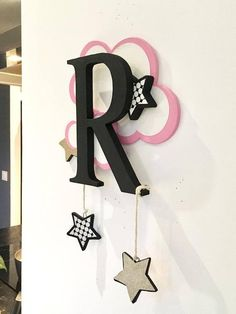 Baby Room Country Decor Ideas For 2019 Wood Crafts, Diy And Crafts, Diy Wood, Stylish Alphabets, Alphabet Images, Alphabet Wallpaper, Wood Letters, Home And Deco, Baby Room Decor