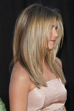 Jennifer Aniston- hairstyle