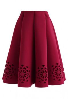 Flowery Cutout Airy Midi Skirt in Black - Skirt - BOTTOMS - Retro, Indie and Unique Fashion Source by srkerai fashion clothing Unique Fashion, Look Fashion, Red Fashion, Red Skirts, Cute Skirts, Mini Skirts, Komplette Outfits, Skirt Outfits, Pleated Midi Skirt