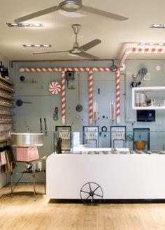 ChicDecó: Una heladería con mucho encantoA charming ice-cream shop in Spain