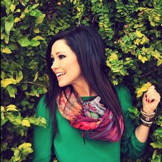 Kari Jobe is the definition of a beautiful person - she's gorgeous, has an amazing voice, and uses her talents to praise the Lord and lead others to Him <3