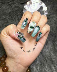 Ideas pedicure designs summer neon for 2019 Shellac Pedicure, Pink Manicure, Gel Nail Art Designs, Pedicure Designs, Posh Nails, 3d Nails, Beautiful Nail Designs, Beautiful Nail Art, Pretty Pedicures