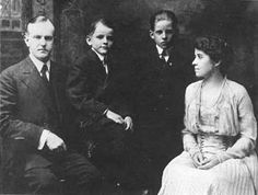 The Coolidge family  Calvin Coolidge 30th #President of the United States 32nd #FirstLady.Grace Coolidge. Their two sons John Coolidge and Calvin Coolidge, Jr, #PresidentsOfUSA