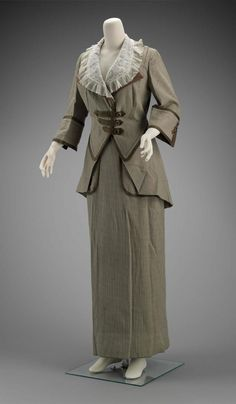 Woman's suit in four parts (jacket, collar, skirt and belt), 1911, by Brooks, American (Philadelphia, PA), MFA Boston, 2009.2299.1-4