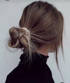 Messy Bob Hair, Hair Dos, Pretty Hairstyles, Easy Hairstyles, Casual Hairstyles For Long Hair, Back To School Hairstyles, Hair Inspo, Hair Inspiration, Medium Hair Styles