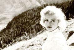 Marilyn Monroe photographed by John Vachon, 1953
