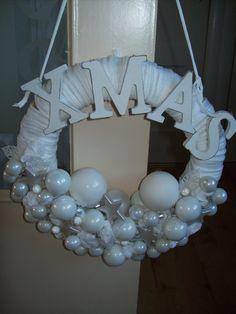 kerstkrans in wit