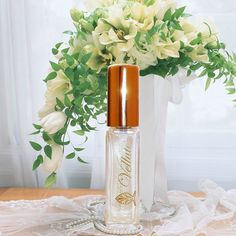 Perfume Velluto by Florencia Light Fresh by FlorenciaCollection.Velluto is a lovely embrace of alluring garden & wildflowers … so comforting and velvety, so romantic and airy.