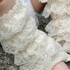 vintage lace leg warmers...oh my!