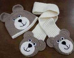 Letras e Artes da Lalá: Gorro, cachecol e sapatinhos em crochê (fotos: google - sem receitas)