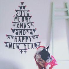 DIY letterslinger voor leuke teksten op de muur tijdens een feestje of gewoon als onderdeel van je interieur! Ook leuk om te combineren met onze zilveren basics als aanvulling op de banner! Je k… Christmas Is Coming, Christmas Time, Party Banners, Santa Baby, Happy New, Merry Christmas, Diys, Christmas Decorations, Diy Crafts