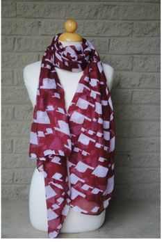 LOVE THIS!!! I bought this in Oklahoma last weekend!! University of Oklahoma Gameday State Scarf