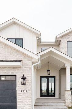 Exterior home design tips 1 Dream Home Design, My Dream Home, House Design, Dream House Exterior, House Exterior Design, Stone Exterior Houses, Stone Home Exteriors, Exterior Paint Ideas, Simple House Exterior