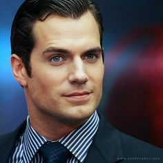 MoS Shanghai premiere pic/edit by Henry Cavill Org FB